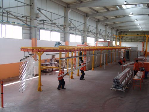 Being respectful to the environment, Bor Aluminyum fulfills the ROSH and REACH requirements in its powder coating facility.